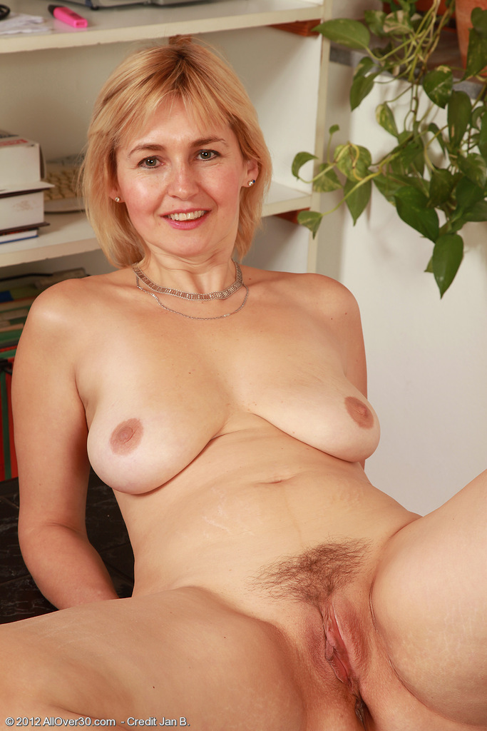 Magnificent blonde mature nude women excited too