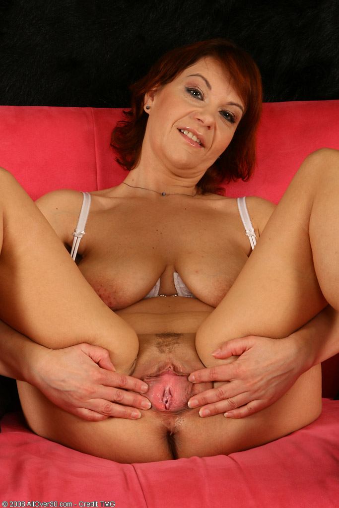 Hairy Muff Pictures, mature hairy pussy galleries, hairy