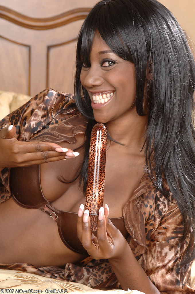 Nyomi from AllOver30