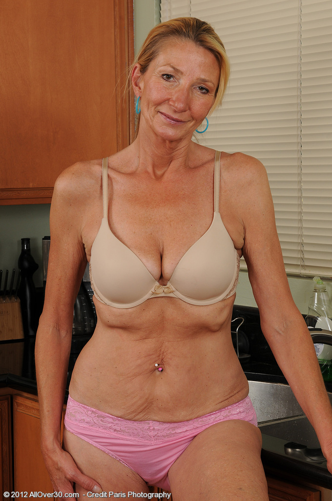 58 Year Old Naked Women