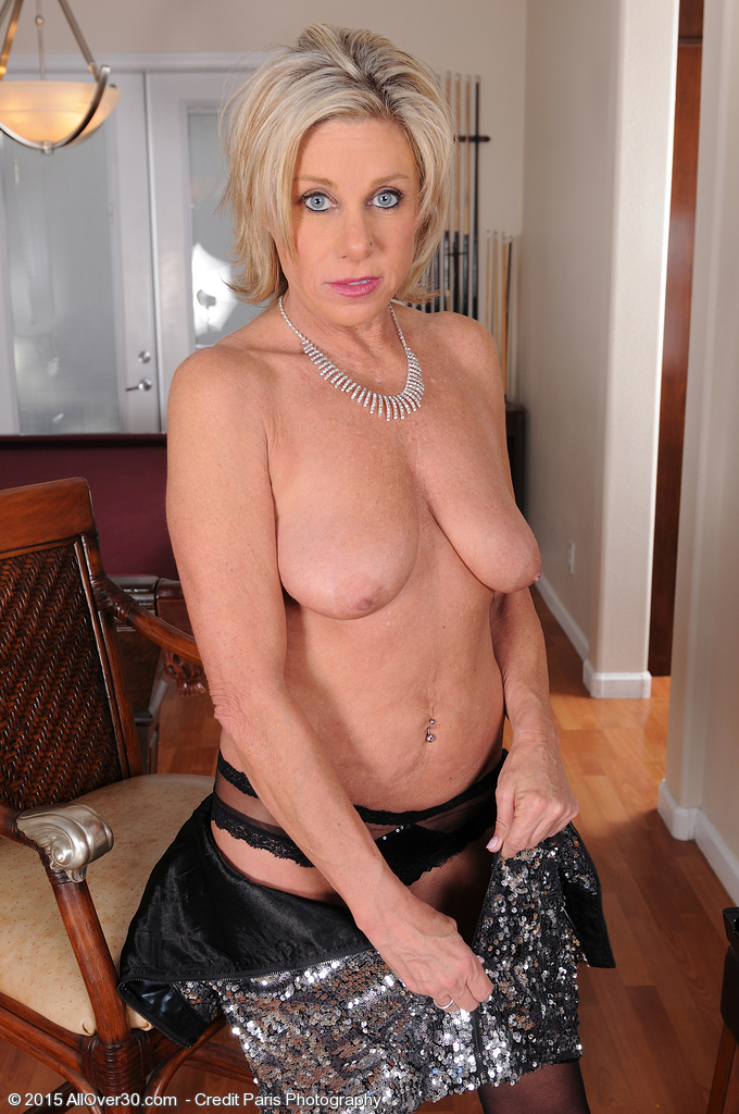 campbell hall milf women Browse free galleries of panty porn pics as ladies model sheer, satin, and lace underwear to arouse you  video hall of fame released click here to check it out now  mature women/milf's nude and sexy mature's & milf's amateur explicit & amateur sex photos and contests redclouds contris.