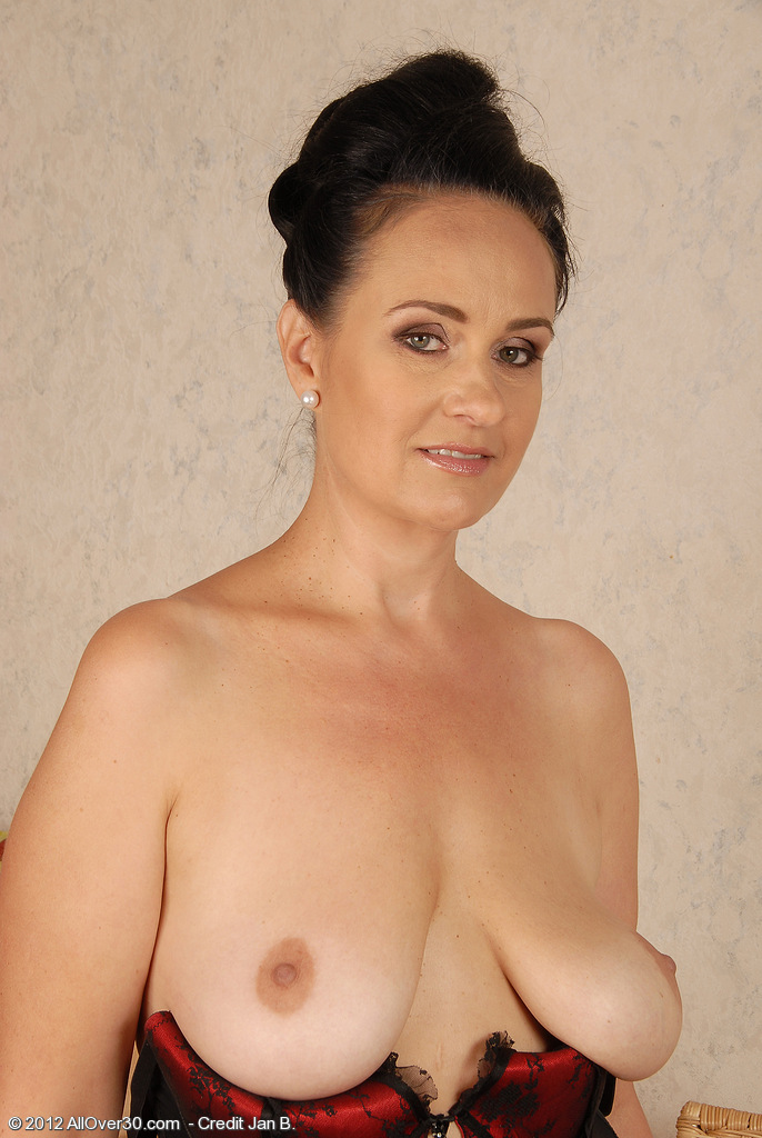 Free Saggy Mature Porn Pics and Saggy Mature Pictures
