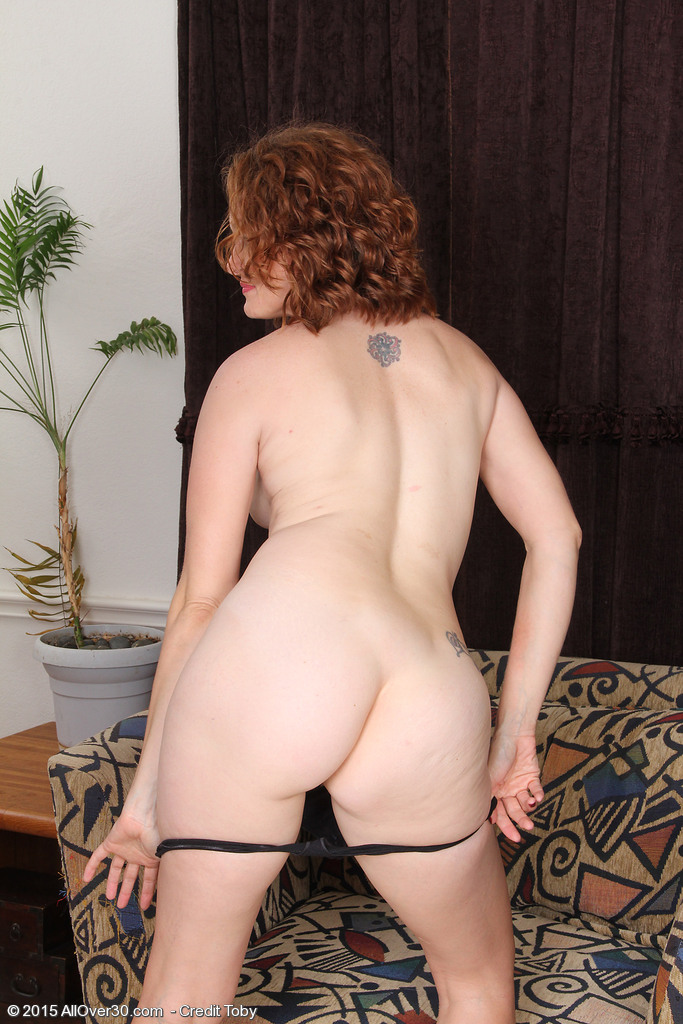 A milf from canada fucked 2