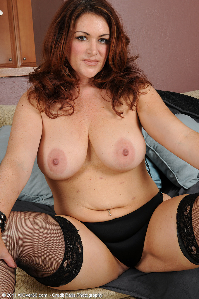 Busty milf picture galleries