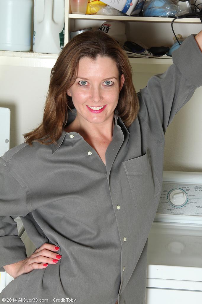Sally Jones from AllOver30
