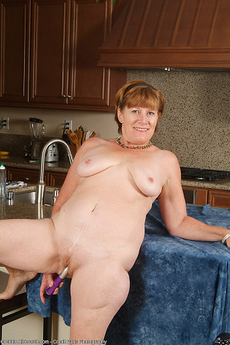 Over 30 MILF - AllOver30.com - Featuring Samantha L from ...