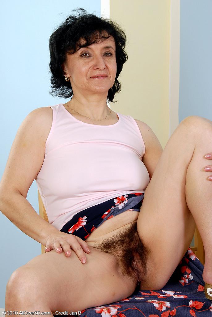 Female prisoner makes son fuck mom porn
