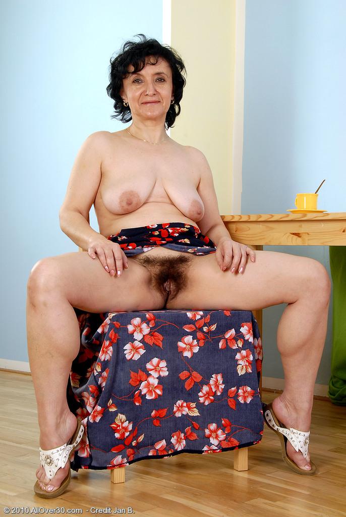 sandra naked granny
