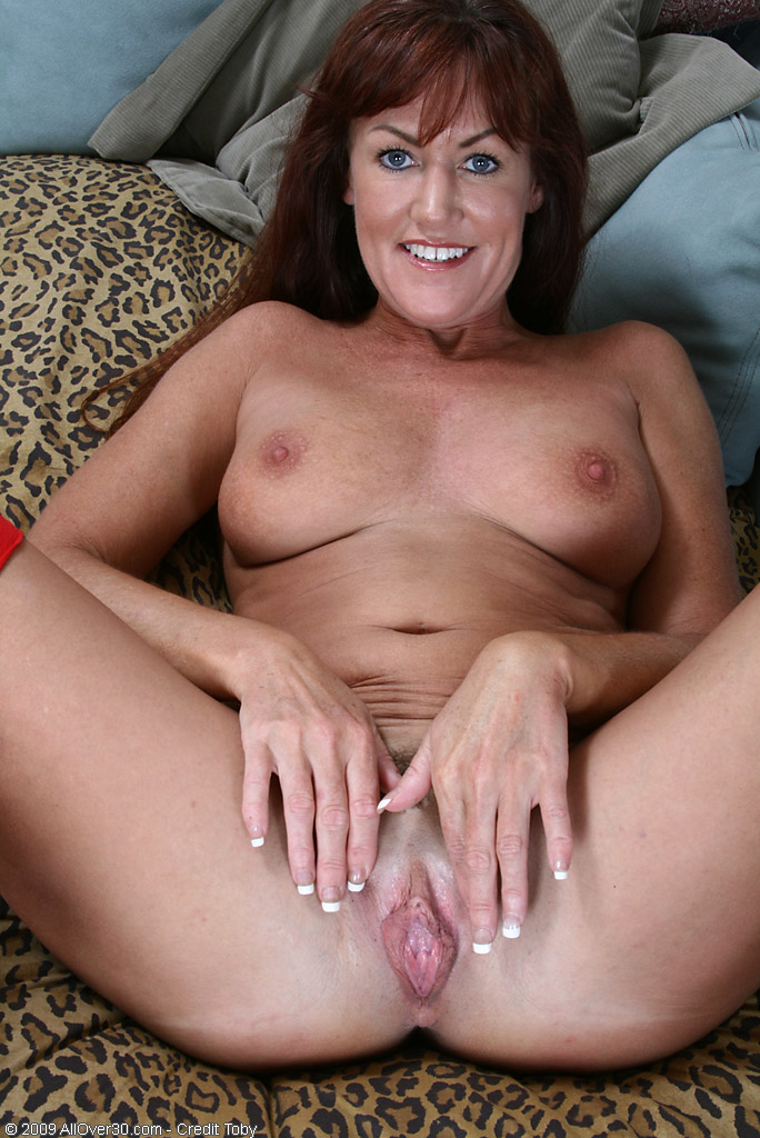 Amateur Mom First Monster Cock