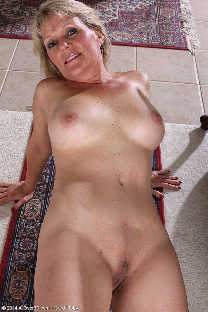 free mature thumbnails pictures