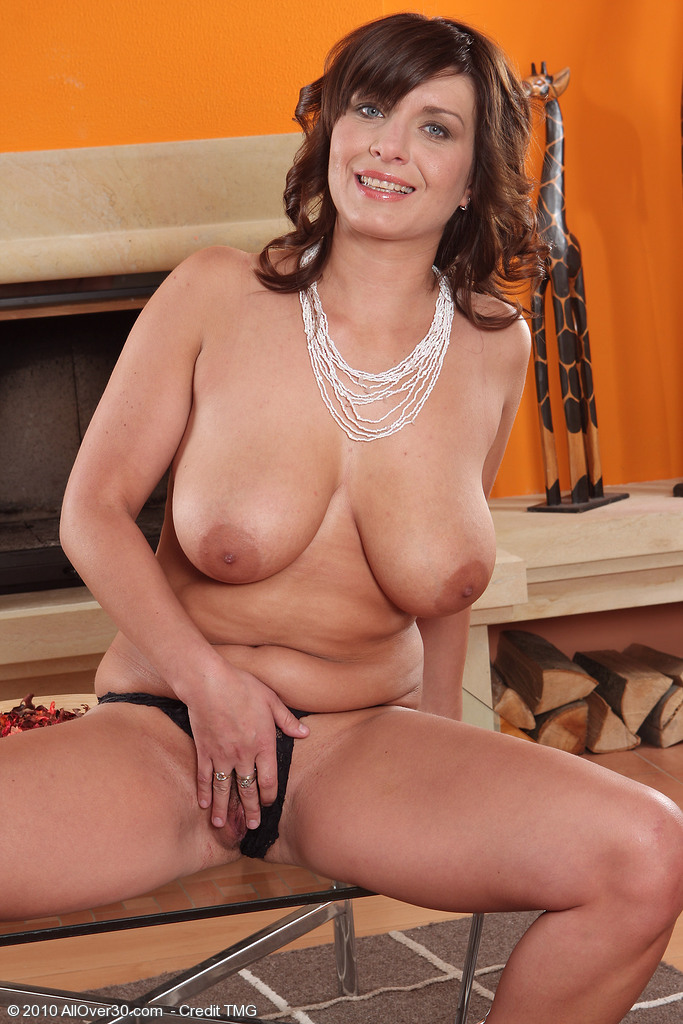 Pichunter over 30 milf hairy pussy everything