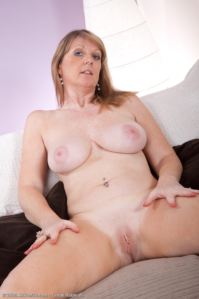 Mature Tube Archive - Mature MILF Mom Mother Older Woman Porn Sex.