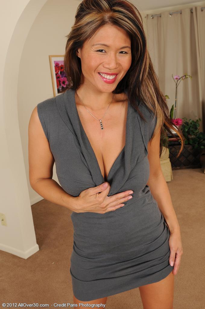 Trisha from AllOver30