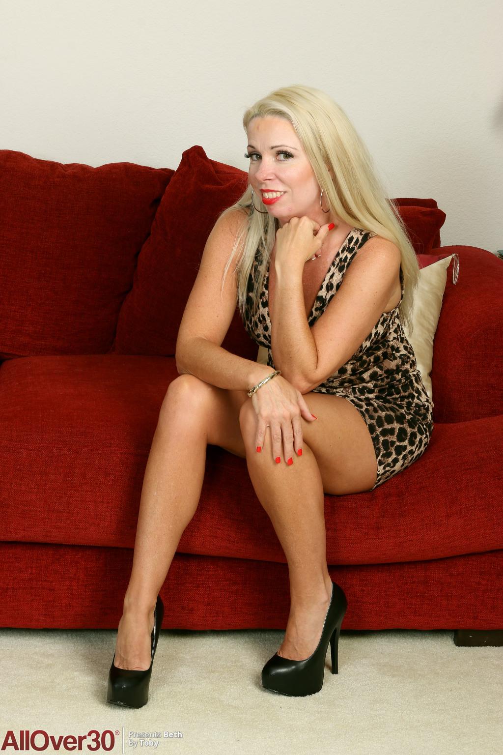 Beth from AllOver30
