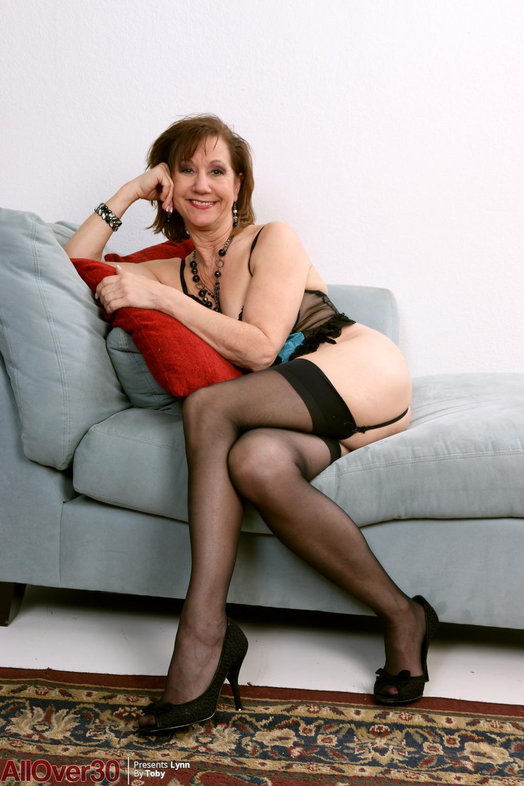 Lynn from AllOver30