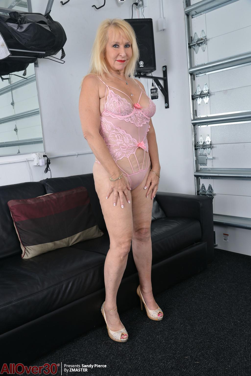 Sandy Pierce from AllOver30