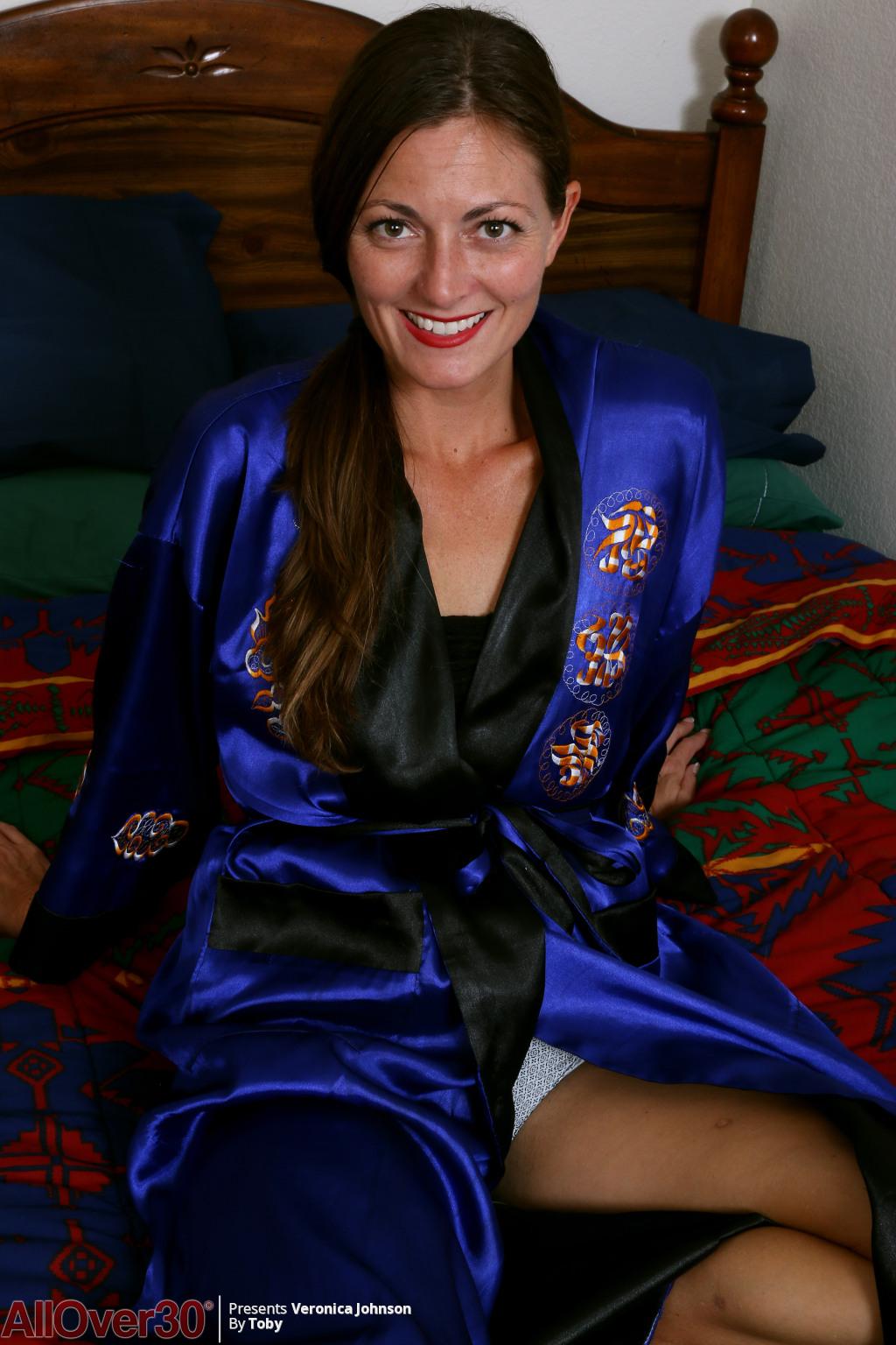 Veronica Johnson from AllOver30