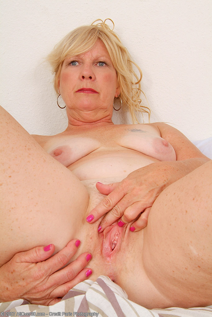 Unknown mature pussy