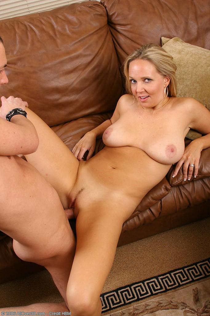 Порно фото секса с молодыми мамочками