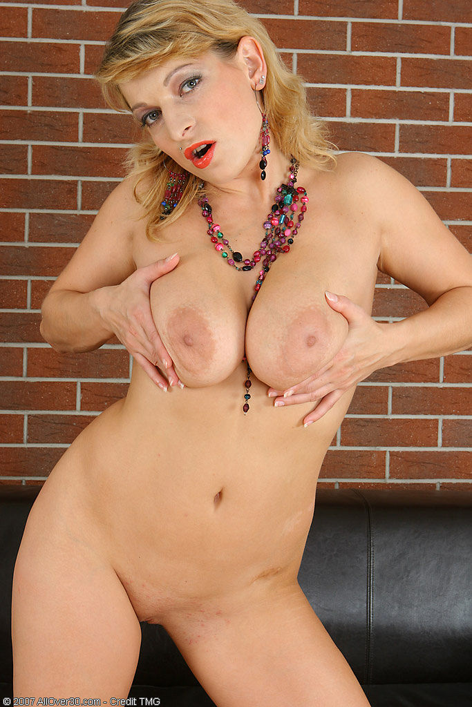 naked big sex