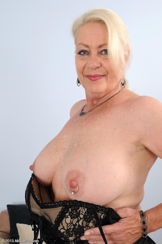 Sexy aunty nude new
