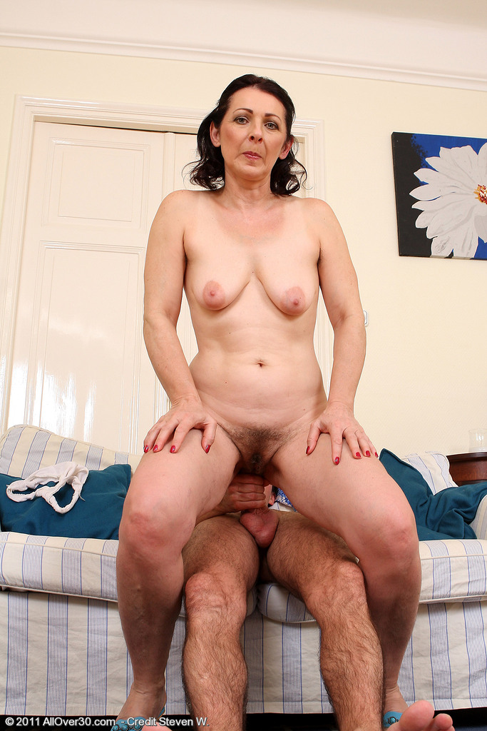 Mature Pictures Featuring 50 Year Old Anna B From Allover30-7956
