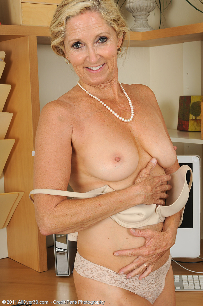 Women Over 55 Naked