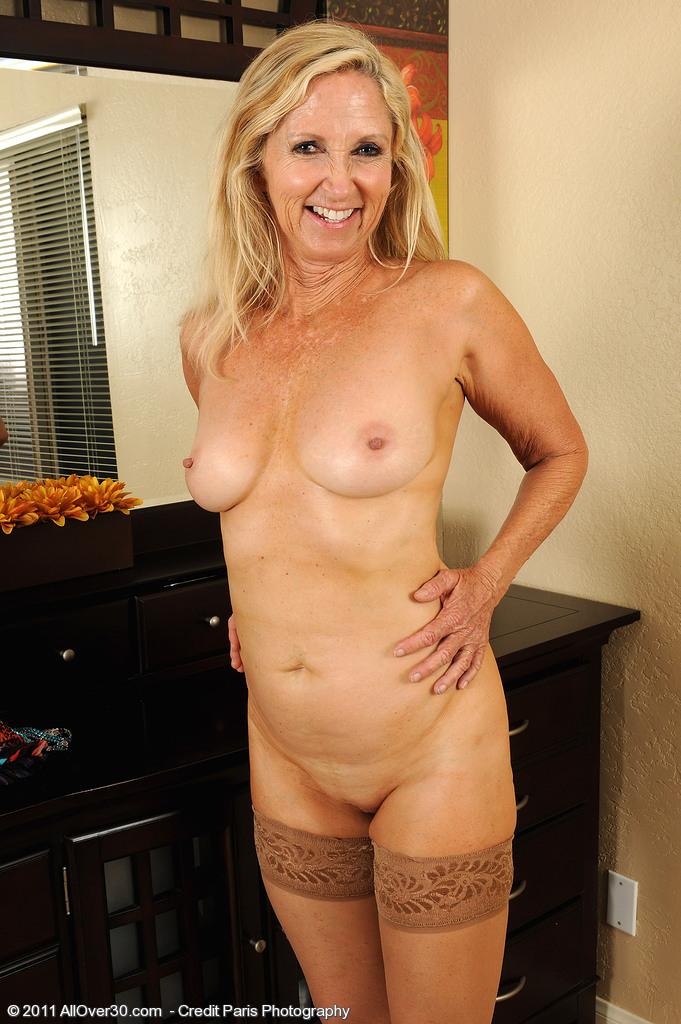 free ex girlfriend nude pics