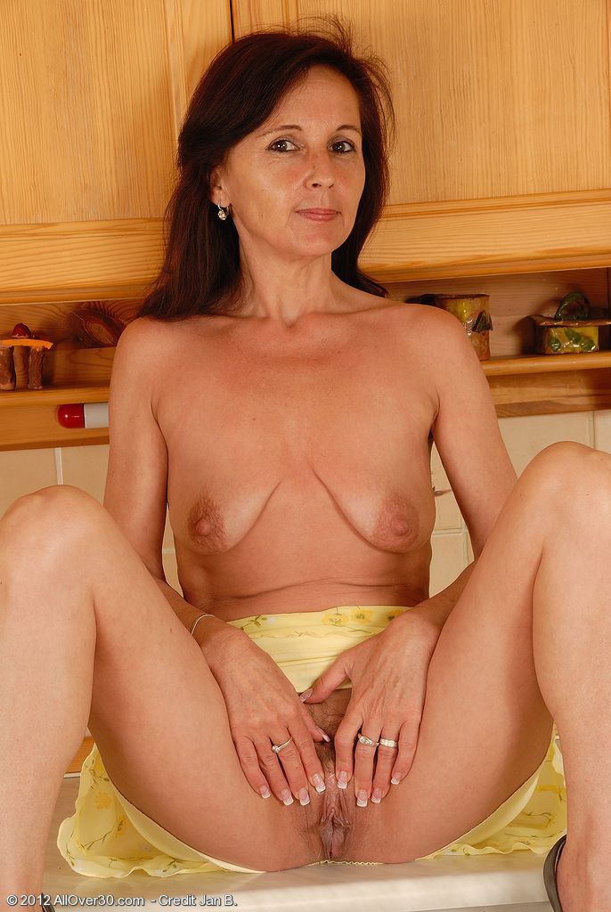 thirty year old asian pussy