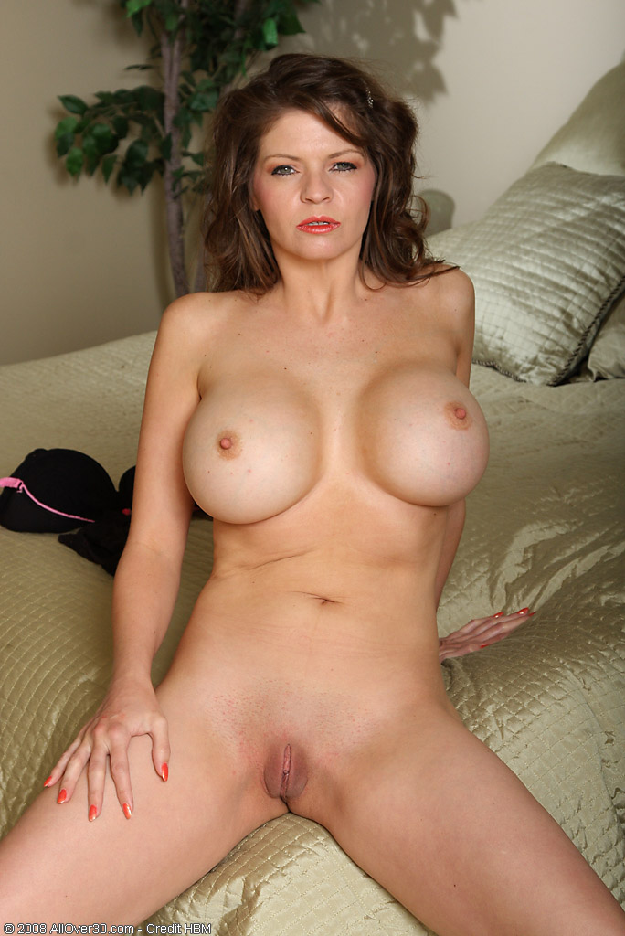 mom big tit