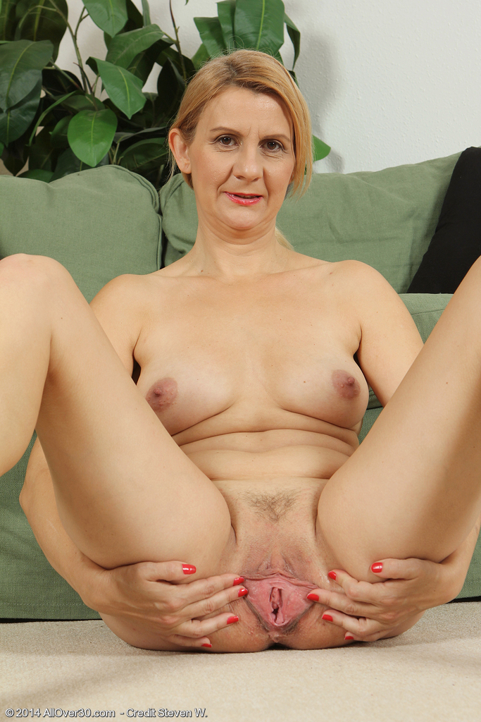 The Older Mature Moms Sexy Fucking Pics Mom Porn Photo