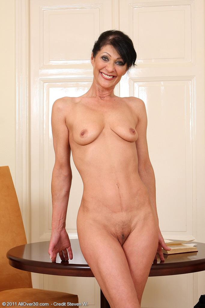 худые голые зрелые женщины ощущением