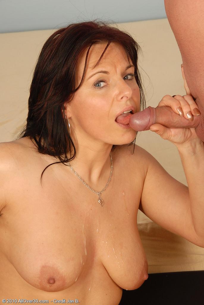 Linette Allover30 Porn HotGirlClub 1