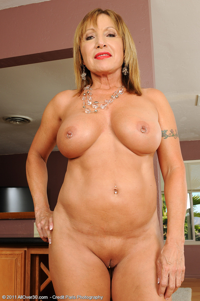 Sexy middle old women