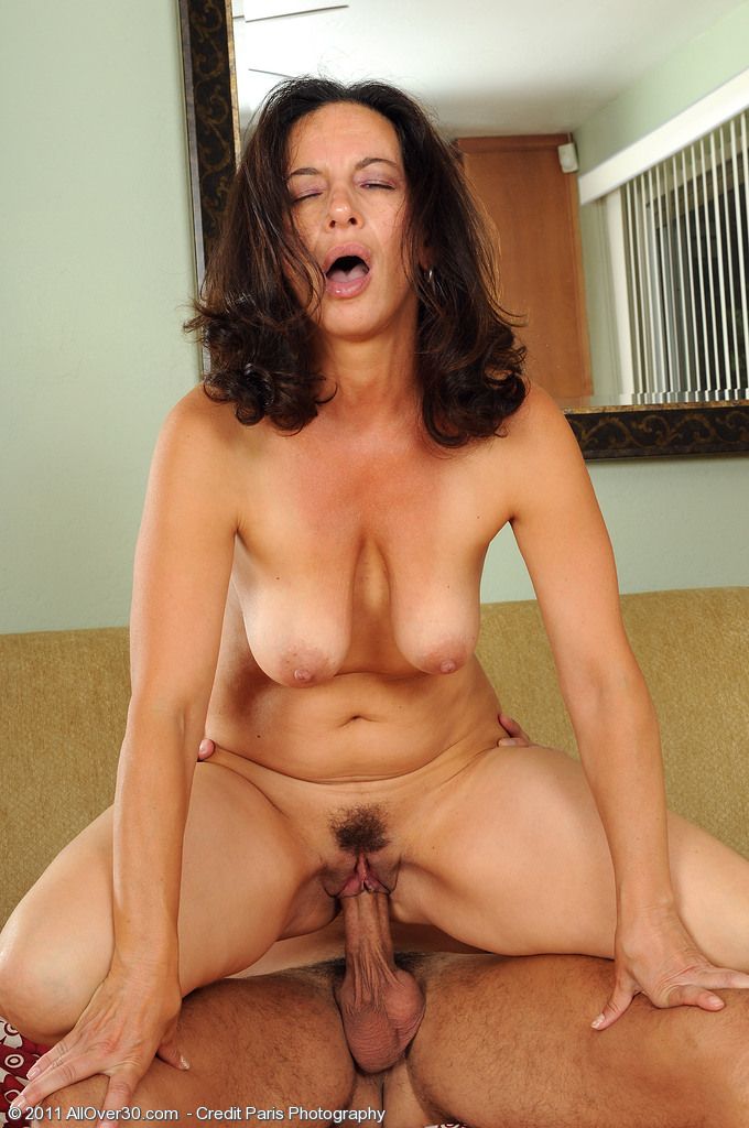 Women with large dildos
