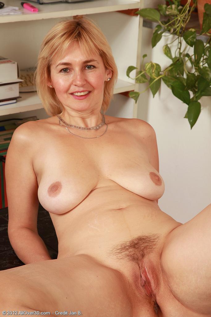 Hot white girl with asian xxx