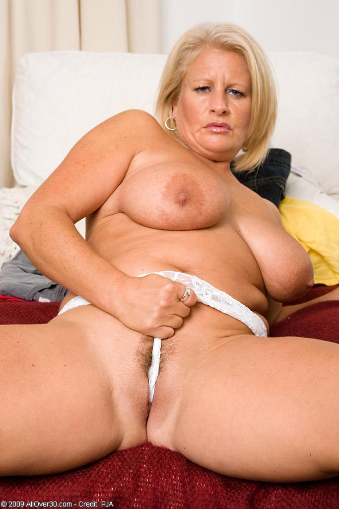 eating pussy slut video porn galleries