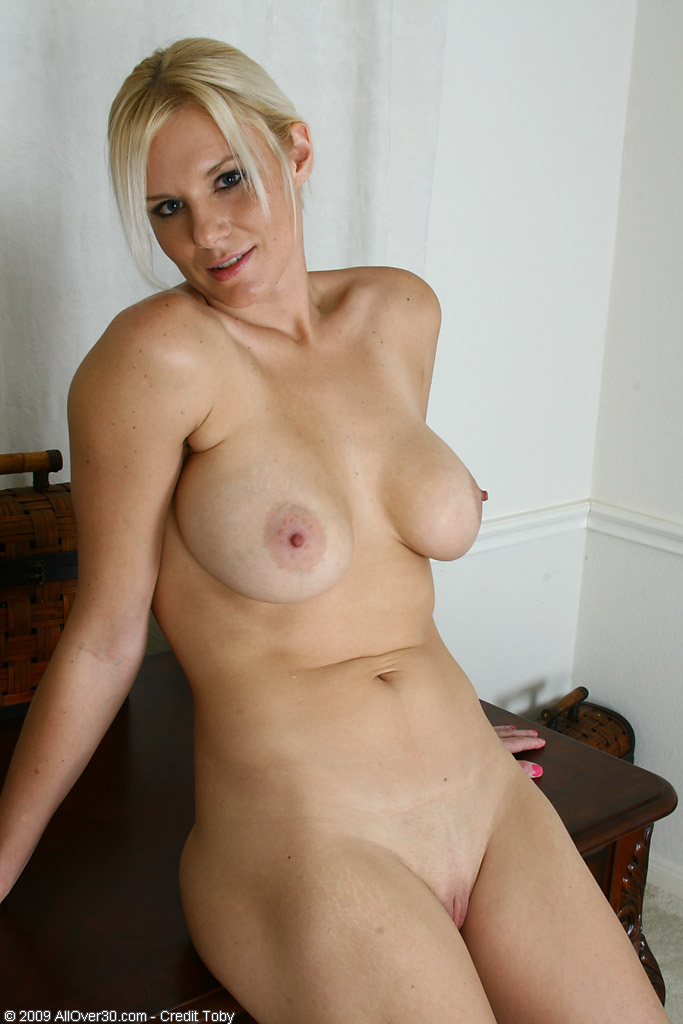 Over 30 Milf - Allover30Com - Featuring Slovanna From -4823