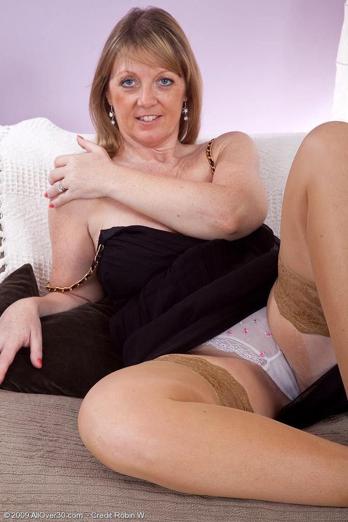 hot naked blonde girls bent over