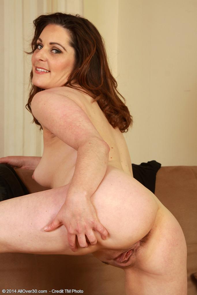 Consuelo duval nude